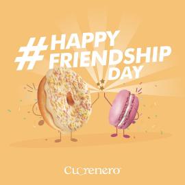 Amico è chi divide con te un donut o un macaron 😍   #giornatadellamicizia #happyfriendshipday #friendshipday #friend #cuorenerofficial #donutscuorenero #macaroncuorenero