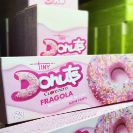 NO artificial colours❗ NO frying❗ NO gluten❗  Shop online, visit our website ⬇️ www.cuorenero.it   #donutscuorenero #donuts #tinydonuts #donutshop #donutsofinstagram #donuts🍩 #donutsofinstagram #donut #sweettable #colazione #breakfast