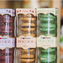 Un arcobaleno 🌈 di macaron Cuorenero 🧁 Avete già scelto il vostro gusto preferito?   ~~  • Puoi acquistare i prodotti Cuorenero sullo shop online: https://cuorenero.it/shop/it/ ⚡  • Per info contattaci su direct • Per segnalazioni invia una mail a clienti@cuorenero.it   #cuoreneroff #cuorenerodonuts #cuorenerofficial #donutscuorenero #macaroncuorenero